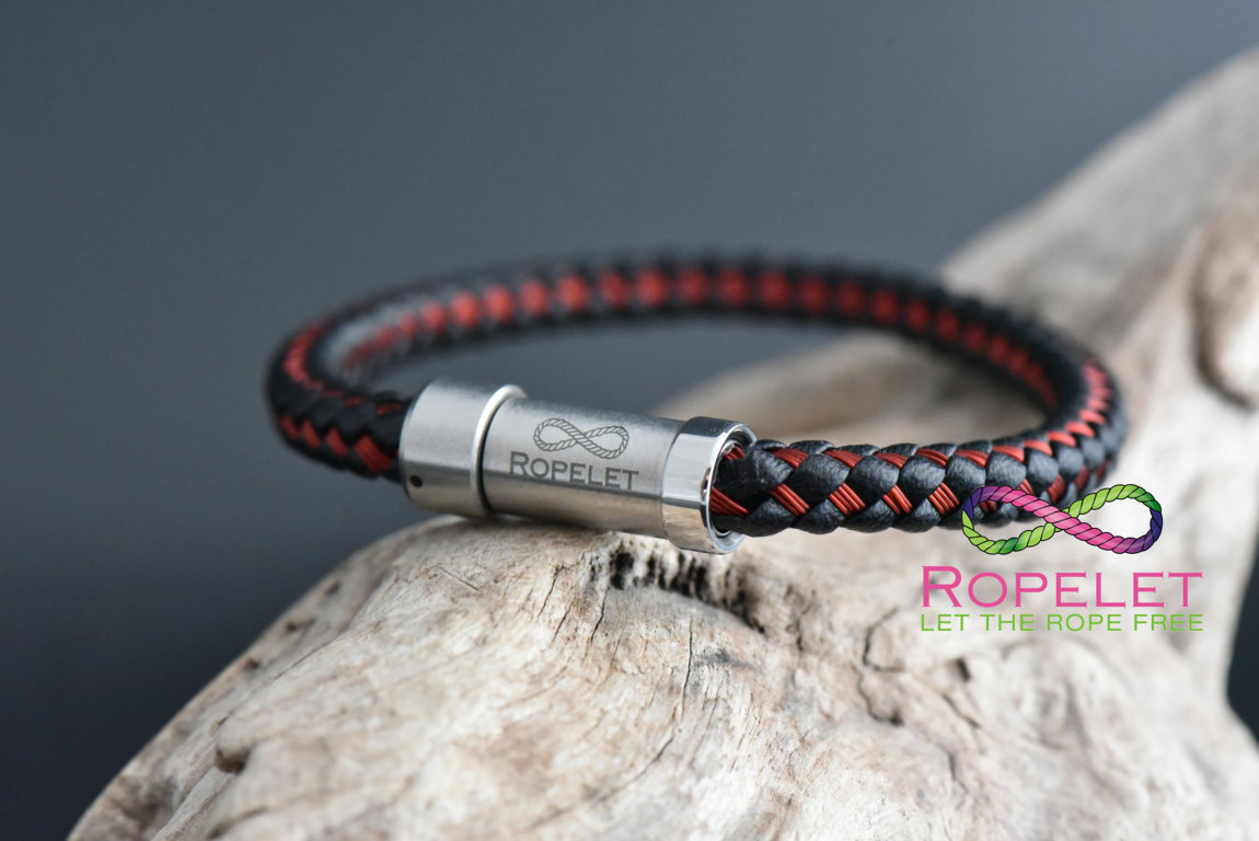 Black leather ans red stainless steel Ropelet, made to your wrist size at www.ropelet.co.uk #leatherbracelet #blackleather